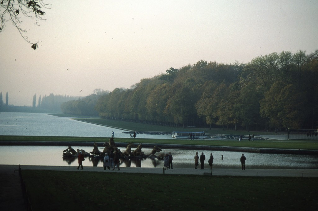 A quiet day at Versailles (1989): Photo by Challen Yee