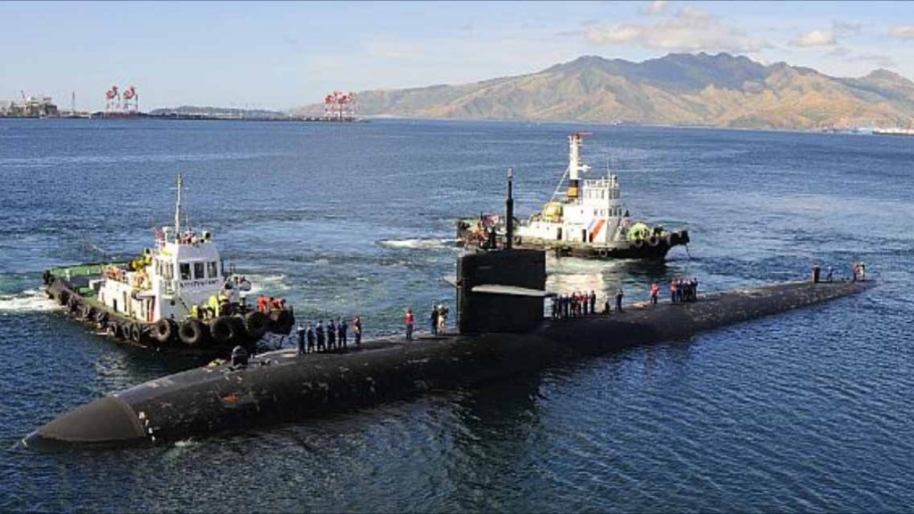 USS Bremerton pulls into Subic Bay, Philippines in 2013. Source: US Navy photograph