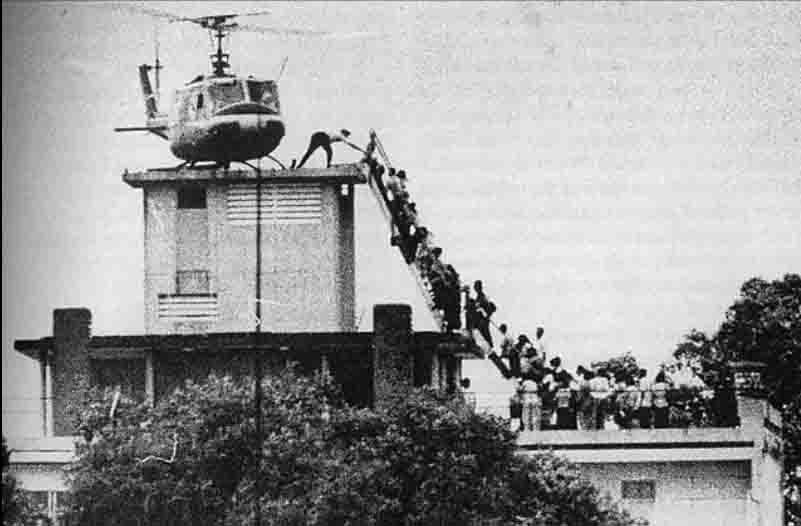 The iconic helo-evacuation image representing the inglorious end of United States involvement in the Vietnam War in 1975. Image source: wikipedia